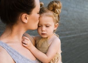 anxiety-in-children-mom-opt
