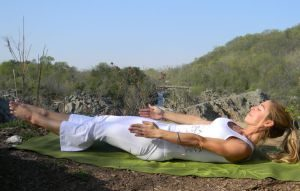 stretch pose kundalini yoga pose siri om